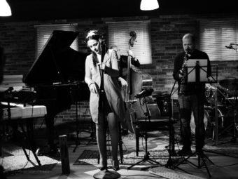 ESCE PER HYDRA MUSIC VOLTEI  PRA CASA DEI TIJUCA QUARTET di Gerardina Tesauro GUEST STAR STEFANO BATTISTA
